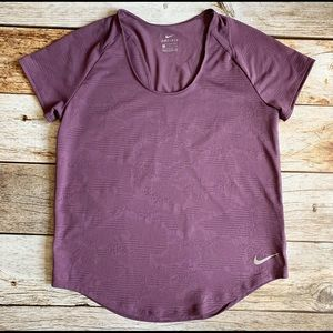 ✨Nike Dri-fit Tee with Detailing